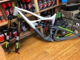 IBIS CYCLES HD4 with Factory RC2 160mm fork package 2018