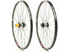 HOPE TECHNOLOGY Pro 4  Hoops Wheelset