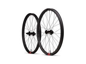 SANTA CRUZ Reserve Carbon Wheels - DT Swiss Hubs Boost